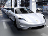 保时捷首款电动车下线 2022年推SUV/跑车纯电版
